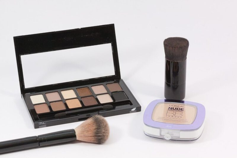 zalety kosmetyków mineralnych